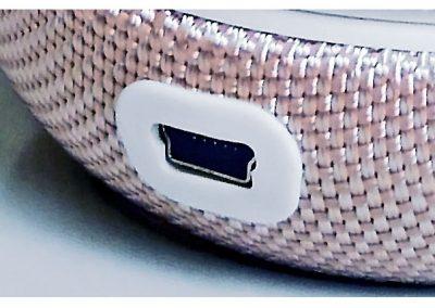 Close-up-image-of-Rose-gold-Sonicare-DiamondClean-case-showing-mini-USB-port