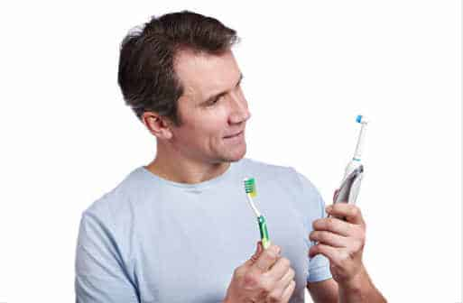 Are electric toothbrushes better than manual brushes?